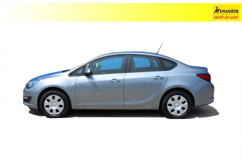 Opel Astra J Sedan 1.6