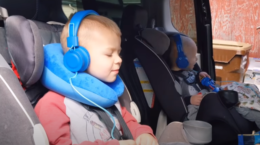 voznja sa decom u rentiranom autu