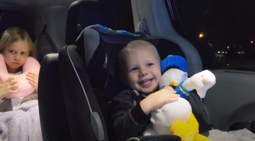 voznja sa decom u autu
